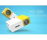 Бюджетный карманный проектор YG-300